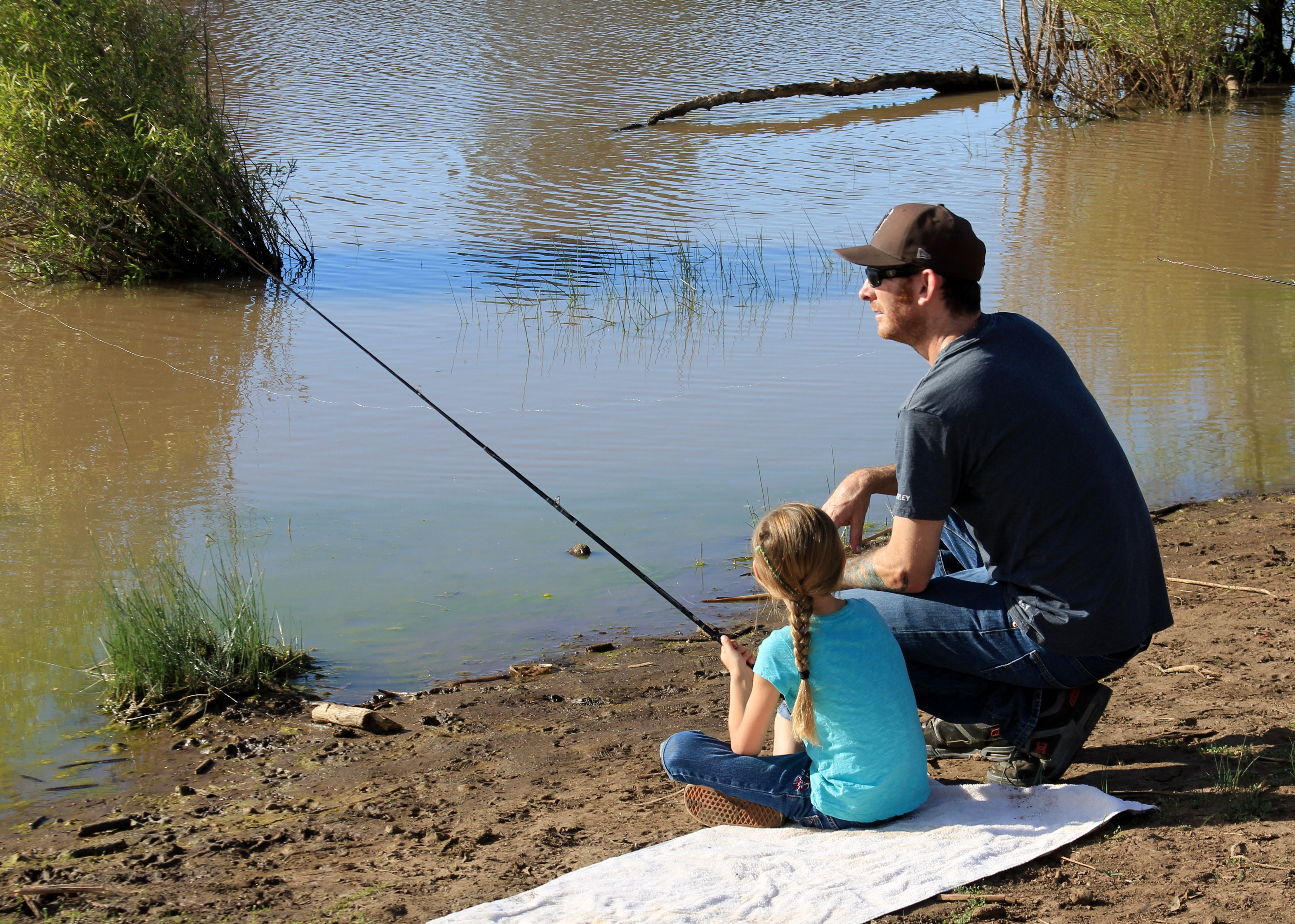 Fishing license reform bill earns state senate support for California fishing regulations